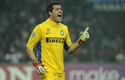 FC Internazionale Milano v Olympique de Marseille - UEFA Champions League Round of 16