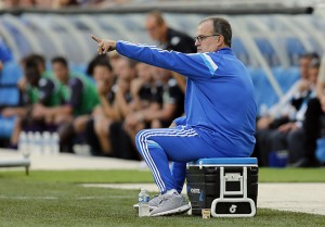 Olympique Marseille's coach Bielsa directs players during their French Ligue 1 soccer match against Toulouse in Marseille