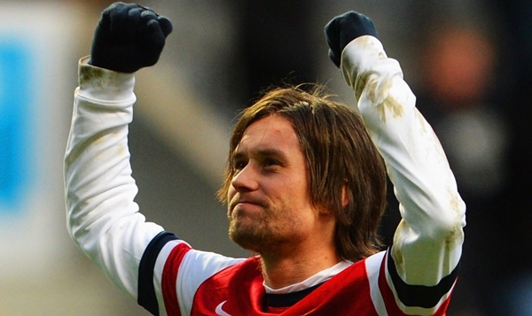 hi-res-459699227-tomas-rosicky-of-arsenal-celebrates-victory-after-the_crop_exact-1024x961