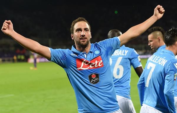 Gonzalo+Higuain+ACF+Fiorentina+v+SSC+Napoli+e6NKbvJZHRyx