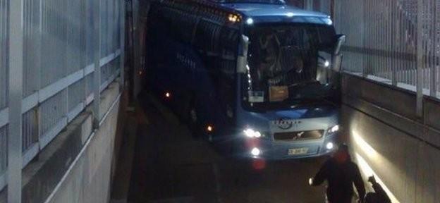 """""""ჩელსის"""" ავტობუსს """"პარკ დე პრენსზე"""" ავარია მოუვიდა (ფოტო)"""