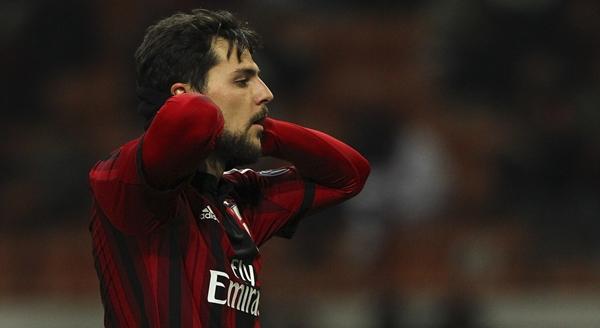 Mattia+Destro+AC+Milan+v+Parma+FC+Serie+6EwIrTnVfetx