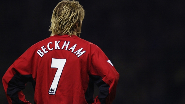 david-beckham-manchester-united-no-7-shirt_3213978