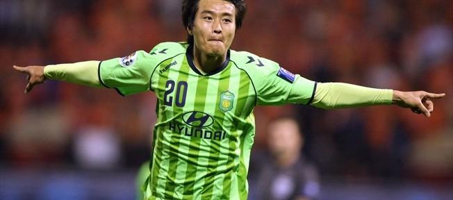 """""""მიდლსბროს"""" ყოფილი ფეხბურთელის შესანიშნავი გოლი იაპონიაში (ვიდეო)"""
