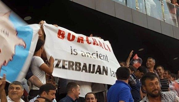 Azerbaijan fans 4
