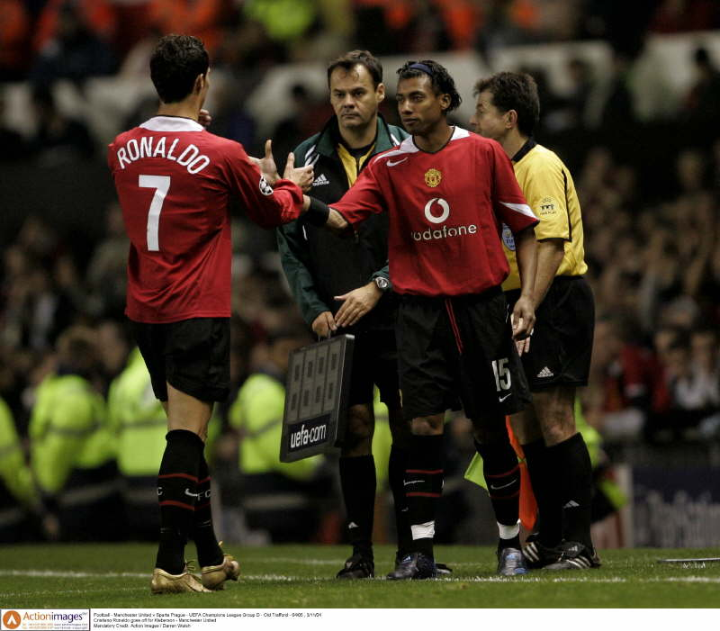 Football - Manchester United v Sparta Prague - UEFA Champions League Group D - Old Trafford - 04/05 , 3/11/04 Cristiano Ronaldo goes off for Kleberson - Manchester United  Mandatory Credit: Action Images / Darren Walsh