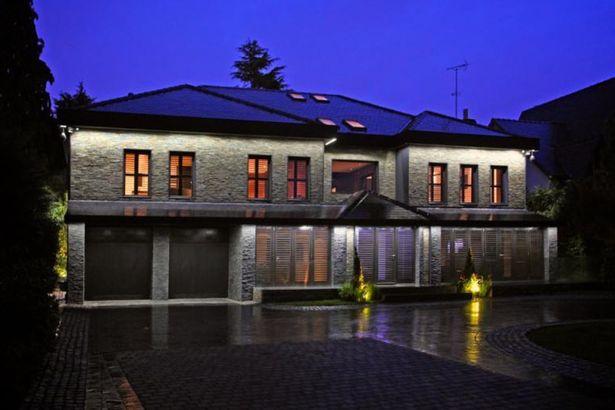 Zlatan-Ibrahimovic-new-home (6)