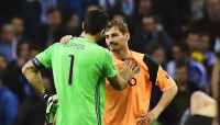 Gianluigi Buffon - Iker Casillas